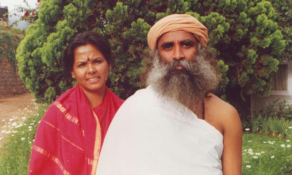 Vijji (Vijaykumari) : A Story of Love and Devotion