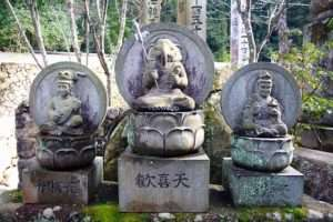 ஜப்பானில் கணபதி, சரஸ்வதி உருவச் சிலைகள்