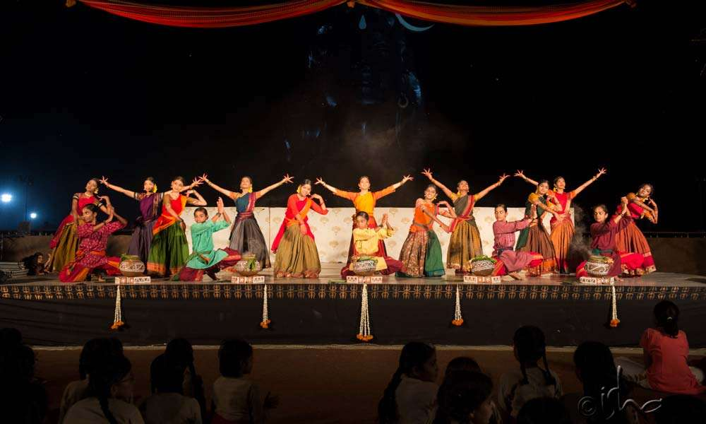 Isha Samskriti children enthralling the audience with an impeccable dance display