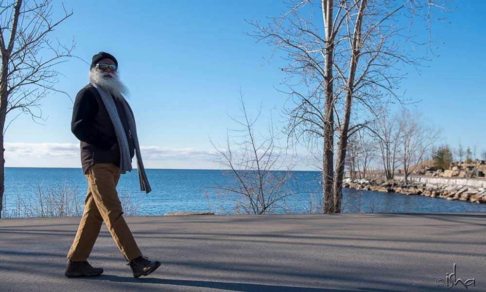 Sadhguru taking a stroll at Lake Ontario
