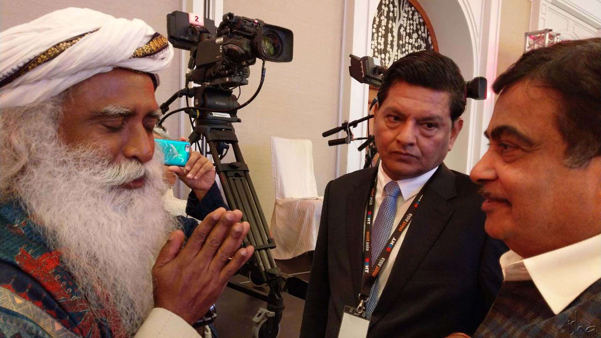Sadhguru with Nitin Gadkari, Union Minister for Transport, Water Resources, and River Development