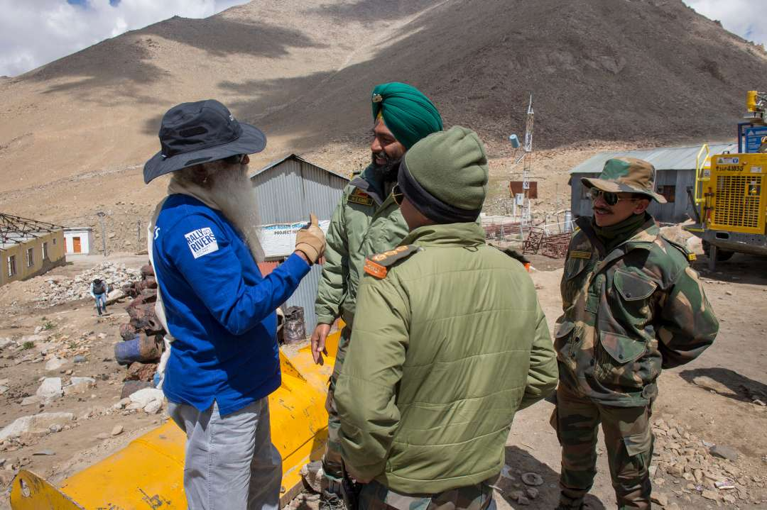 A quick stop on the way from Leh to Siachen