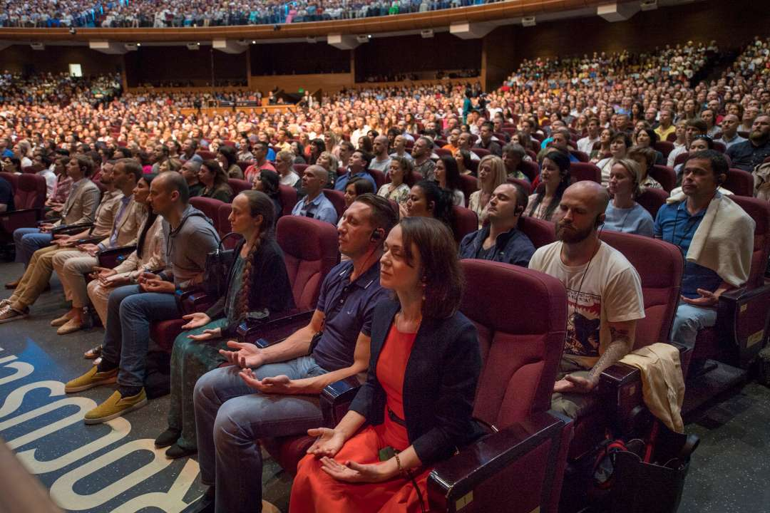 "Guided Meditation with Sadhguru at ""Wisdom, Meditation, Bliss,"" Russia"
