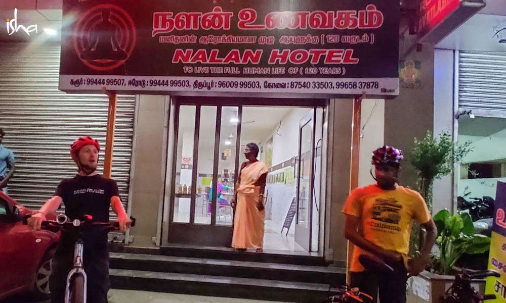 bicycle-yogis-ep3-nalan-restaurant-1