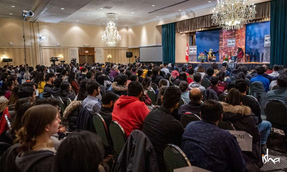 isha_blog_article_canadas_first_youth_and_truth_university_of_toronto-pic5