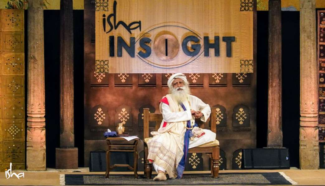 isha_blog_article_insight_2019_day1_Sadhguru_