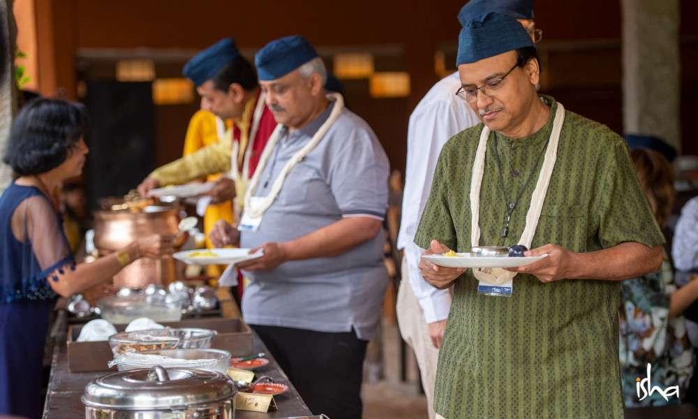 isha_blog_article_insight_2019_day1_buffet_20191127_SUN_0029-e
