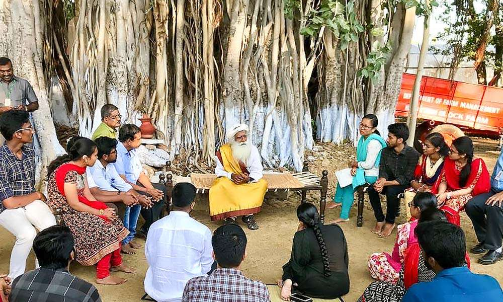 Sadhuru interacts with students of TNAU under a banyan tree | The Pulse of Youth AND Truth - TNAU