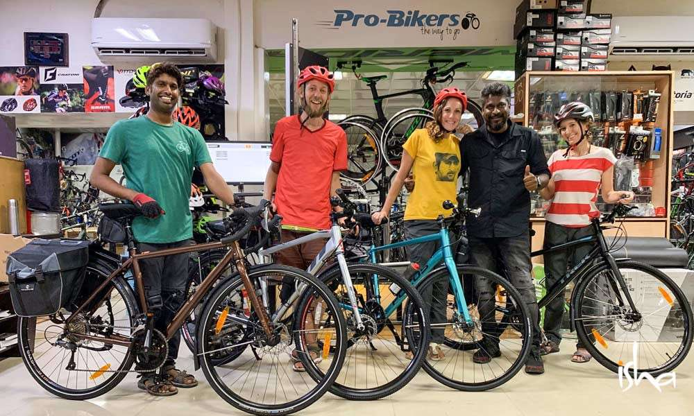 sadhguru-isha-blog-bicycle-yogis-p1-journey-begins-why-bicycles