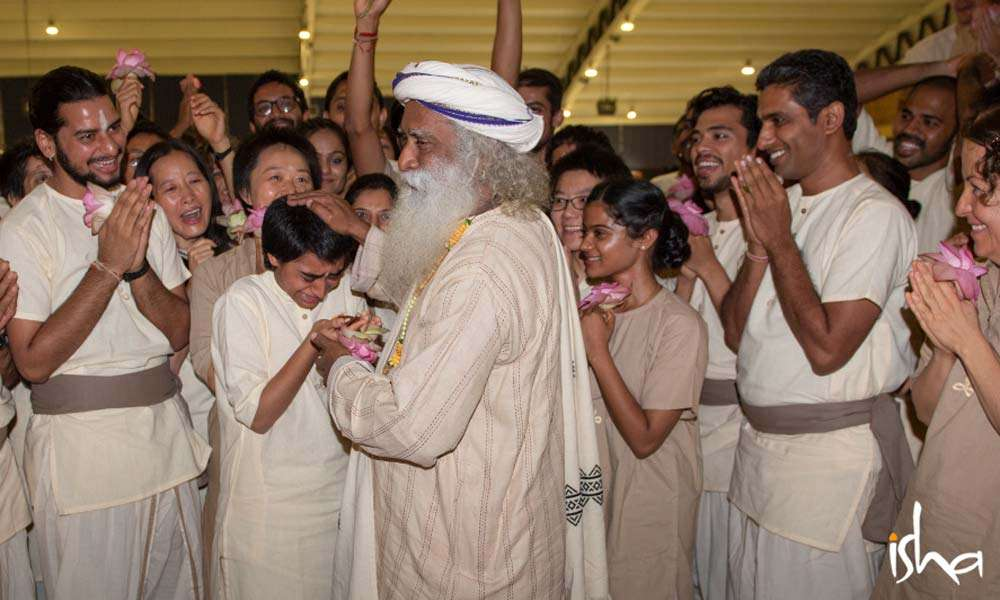 Sadhguru with the Isha Hatha Yoga Teacher Trainees | Full On, Everyone!