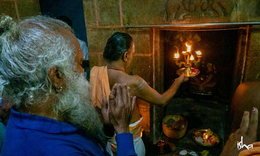 sadhguru-wisdom-article-the-spectacular-natadreeswarar-temple-in-cauvery-1