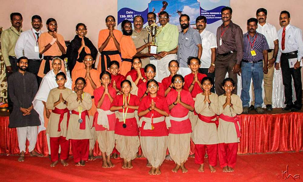 Isha Samskriti Wins the First Tamil Nadu State Level Kalaripayattu Championship