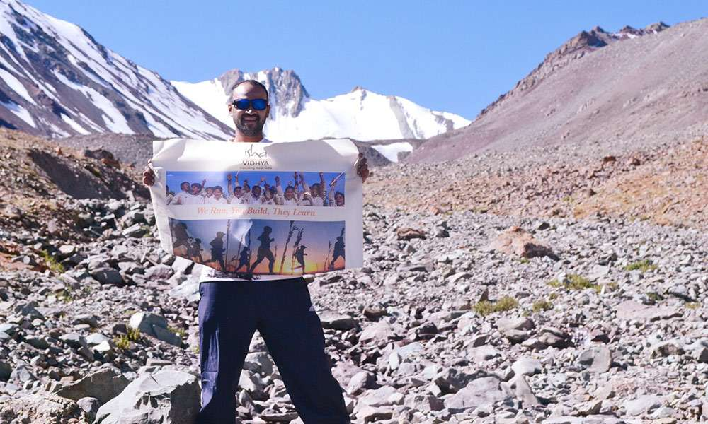 72-kms18000-feet-running-in-the-himalayas-to-educate-rural-india