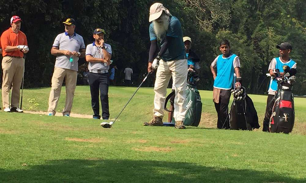 make-a-life-golf-jaunt-swinging-it-for-isha-vidhya