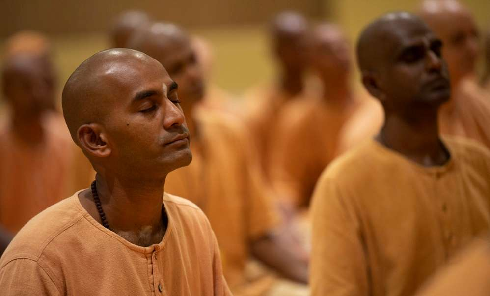 How to Live as a Brahmachari?