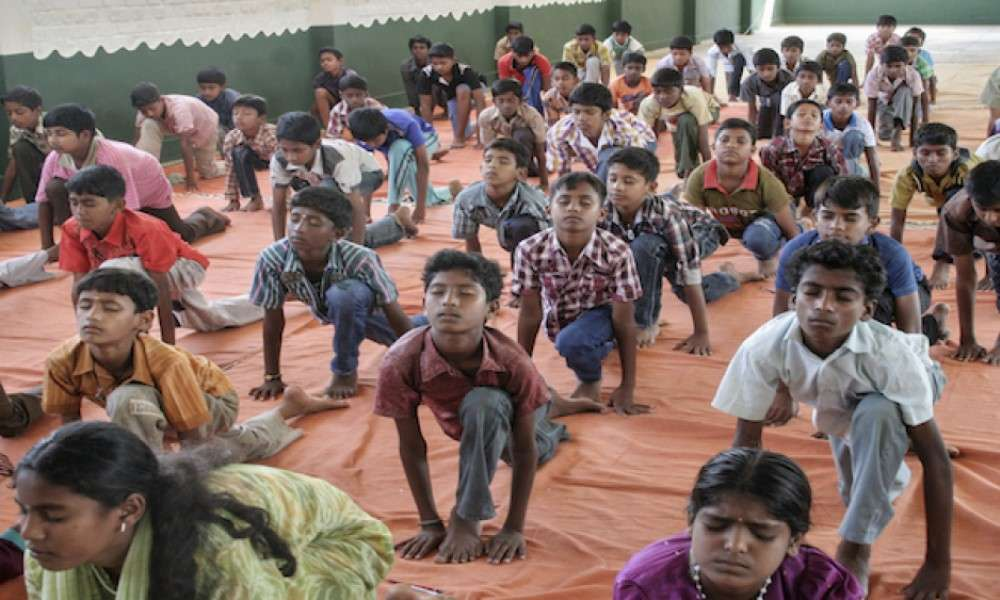 crunching-exam-strees-isha-yoga-in-government-schools
