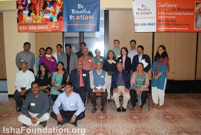 Isha Volunteers and Community Leaders