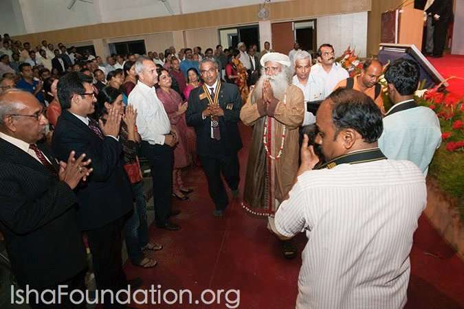 Sadhguru is honored at the Rotary Club Awards Ceremony in Bangalore