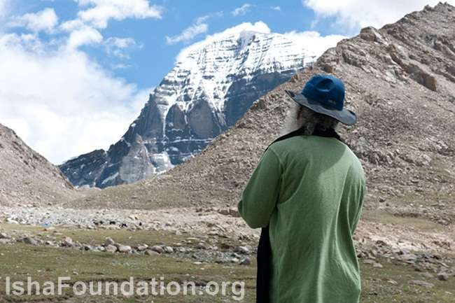 Sadhguru at Mount Kailash