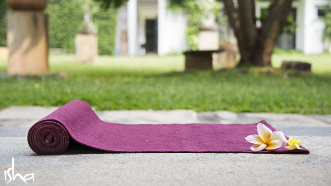Yoga Best Practices: What Kind of Yoga Mat Should I Use?