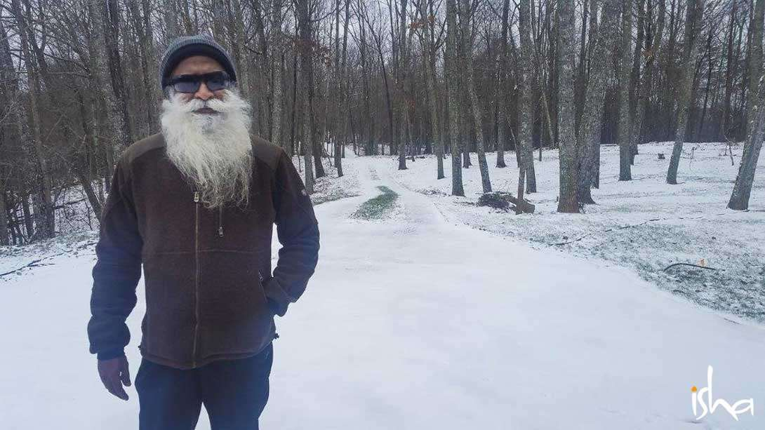 Snowy Greetings from Sadhguru