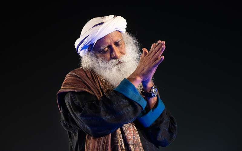 Quotes inspirational - Sadhguru looks at the difference between a materialistic and a spiritual person, and why spirituality is an irrevocable love affair with life.