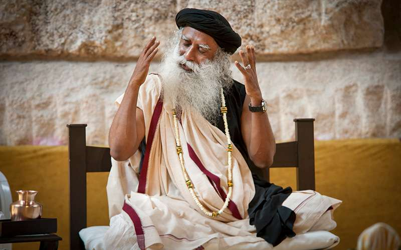 quotes about life - sadhguru looks at maintaining awareness at the moment of death