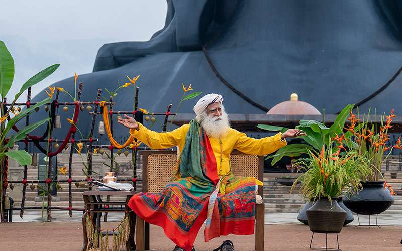 quotes inspirational - sadhguru writes about the relevance of indias republic day and the significance of India as a nation