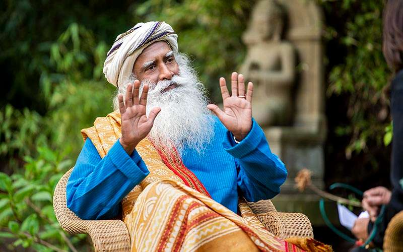 Quotes Inspirational - We take a deeper look at the role of the feminine in the home as well as society, through Sadhguru's words.