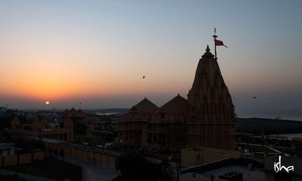 Silhouette of the Somnath temple in Gujarat | In the Spirit of Somnath
