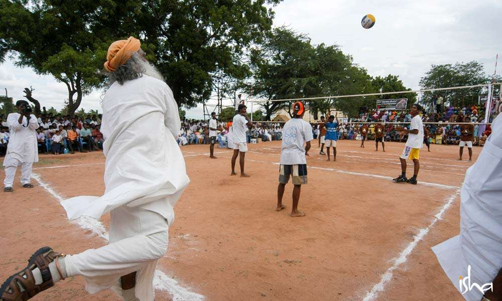 Sadhguru plays volleyball in Isha Gramotsavam | How to Make India More Sporting?