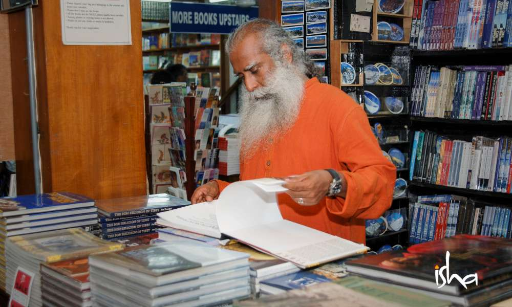 sadhguru wisdom article | what books did sadhguru read as a kid