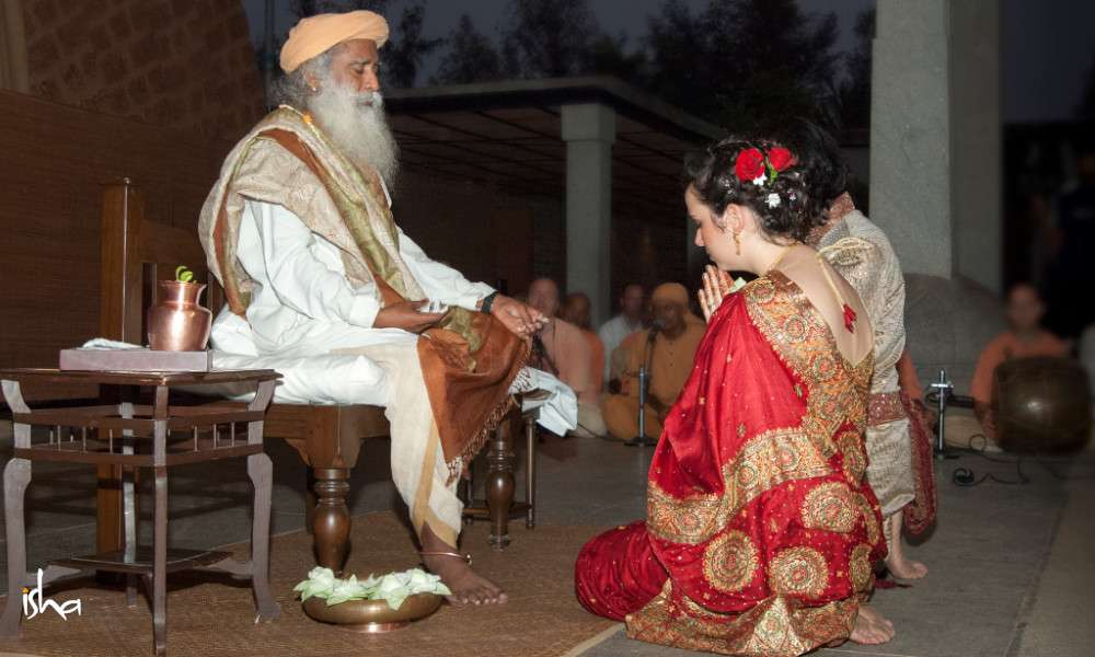 Sadhguru Wisdom Audio | Sadhguru on Marriage – Choosing Consciously