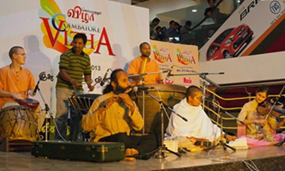 sounds-of-isha-perform-at-coimbatore-vizha