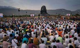 Adiyogi and devotees