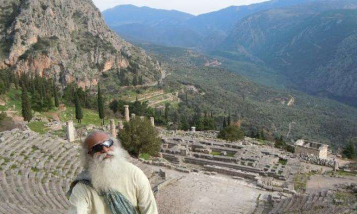 delphi-greece-a-temple-built-by-yogis