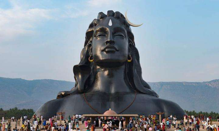 The 112 ft Adiyogi statue at the Isha Yoga Center