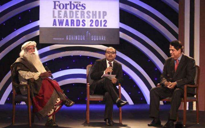 Leadership in Business – Sadhguru and K. V. Kamath at Forbes India Awards