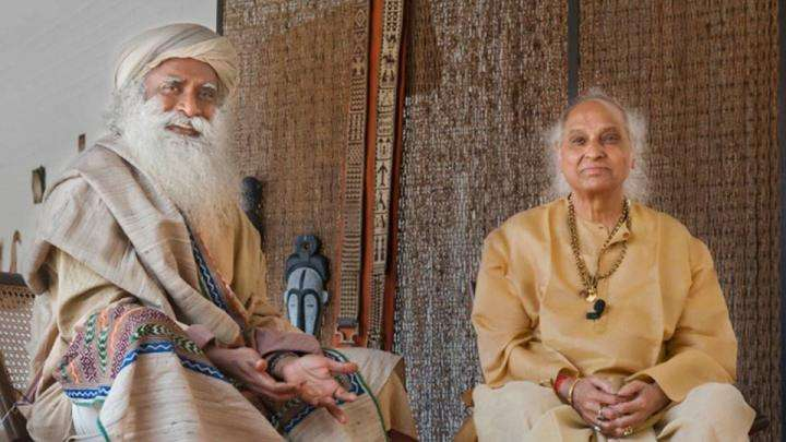 Sadhguru and Pandit Jasraj at Isha Home School - Discuss Indian Classical Music