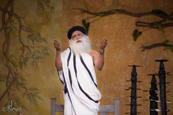 Sadhguru addresses on Mahashivarathri 2014