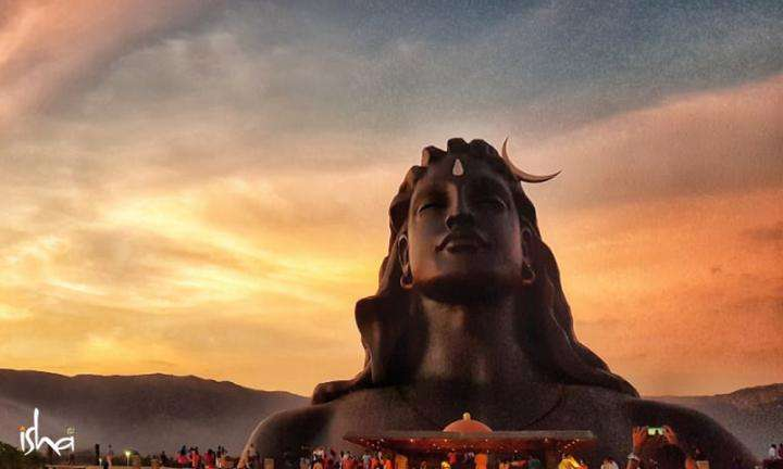 Image of 112 ft Adiyogi statue at the Isha Yoga Center taken during sunset | Why is the Adiyogi So Huge?