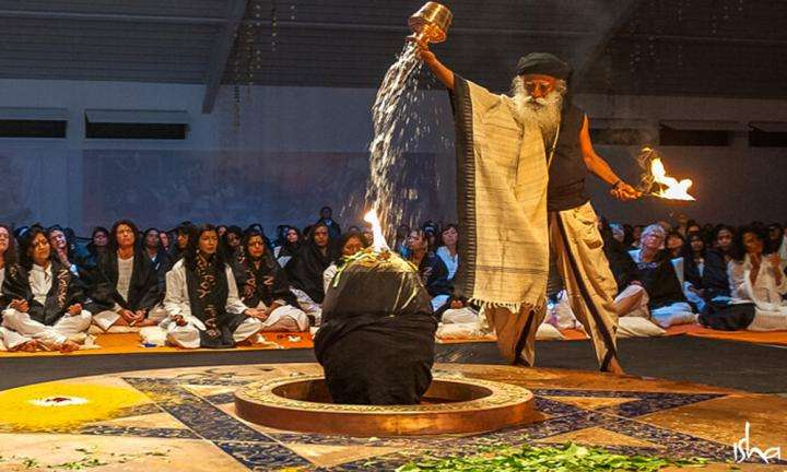Sadhguru consecrating the Adiyogi-Abode of Yoga at iii, TN, USA | How You Can Help Consecrate the World