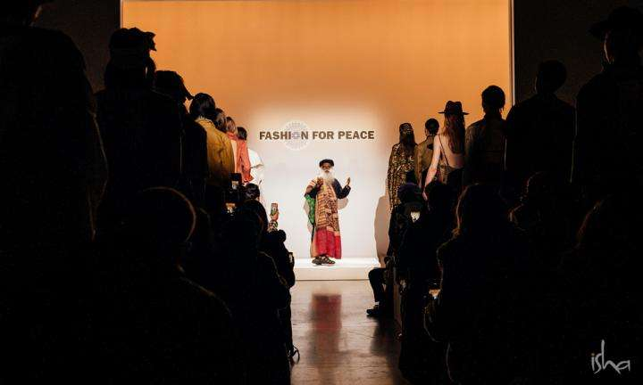Sadhguru at the New York Fashion Week presenting the Fashion for Peace Collection | Designing a Better World