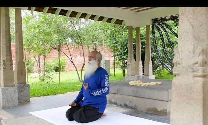 Sadhguru doing Shakti Chalana Kriya | Sadhguru Shows Us How He Stays Fit For Life #FitnessChallenge