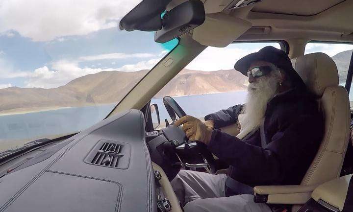 Sadhguru driving in Leh | What's Sadhguru Been Upto in June 2018 - Find Out!