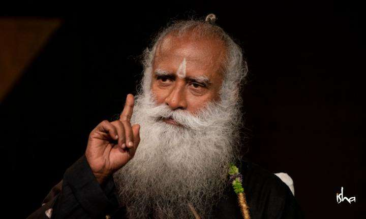 Sadhguru Wisdom Article | Benefits of Inner Engineering Online in Challenging Times