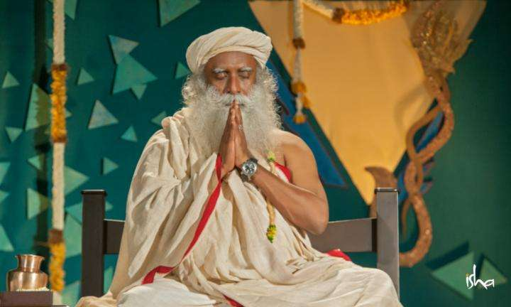 Sadhguru Wisdom Article | Namaskar or Namaste - What Does it Mean?