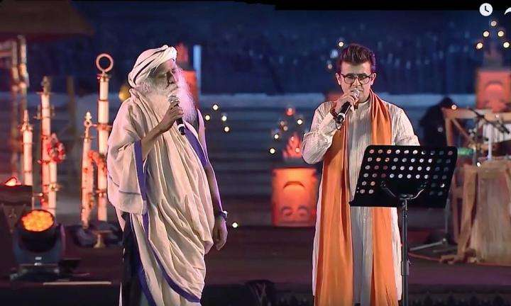 Sonu Nigam Sings with Sadhguru at Mahashivratri 2018