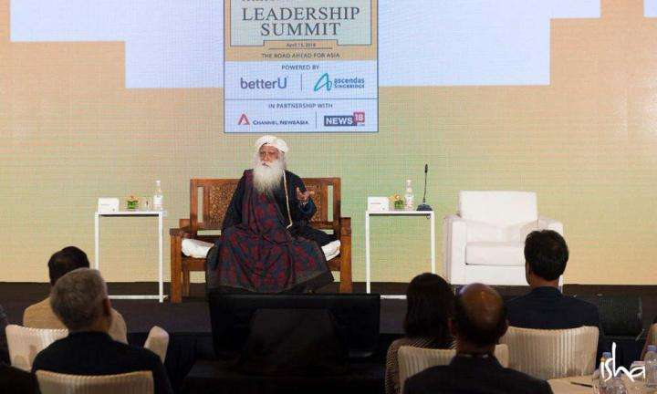 """Transformative Leadership"" Sadhguru giving a talk at the HT MintAsia Leadership Summit in Singapore, April 2018"
