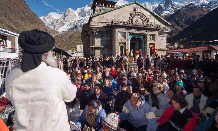 Why Do People Go to the Himalayas to Meditate? | Sadhguru guiding a meditation in front of Kedarnath temple in the Himalayas